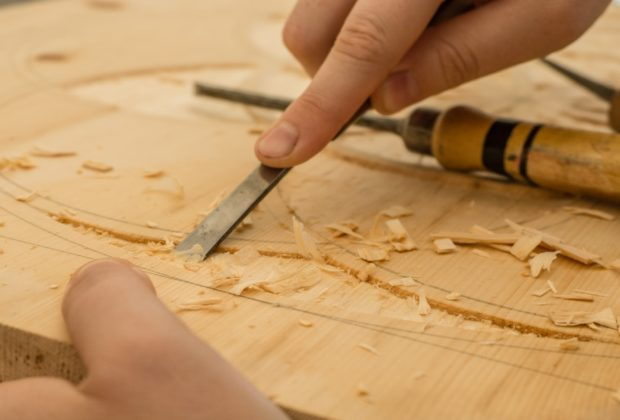 Woodworking vs Wood Carving
