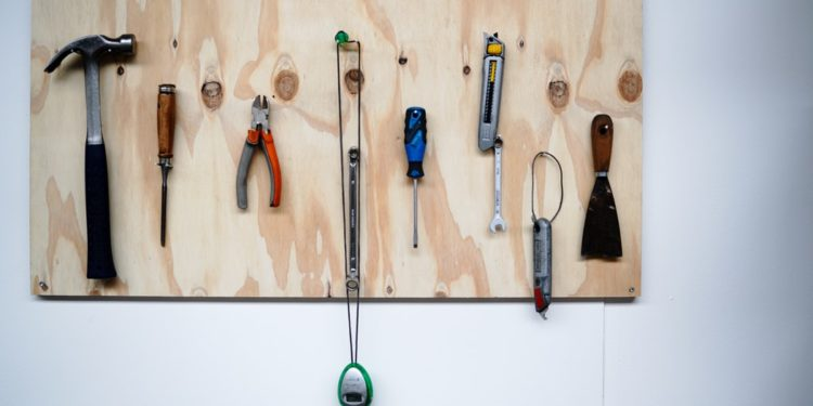 What Are Woodworking Hand Tools