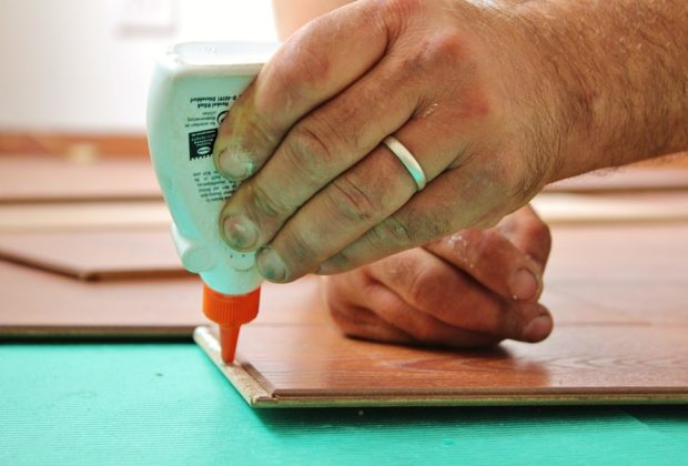 When to Use Woodworking Glue